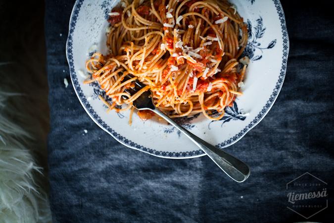 Sardiinipasta helppo pasta resepti