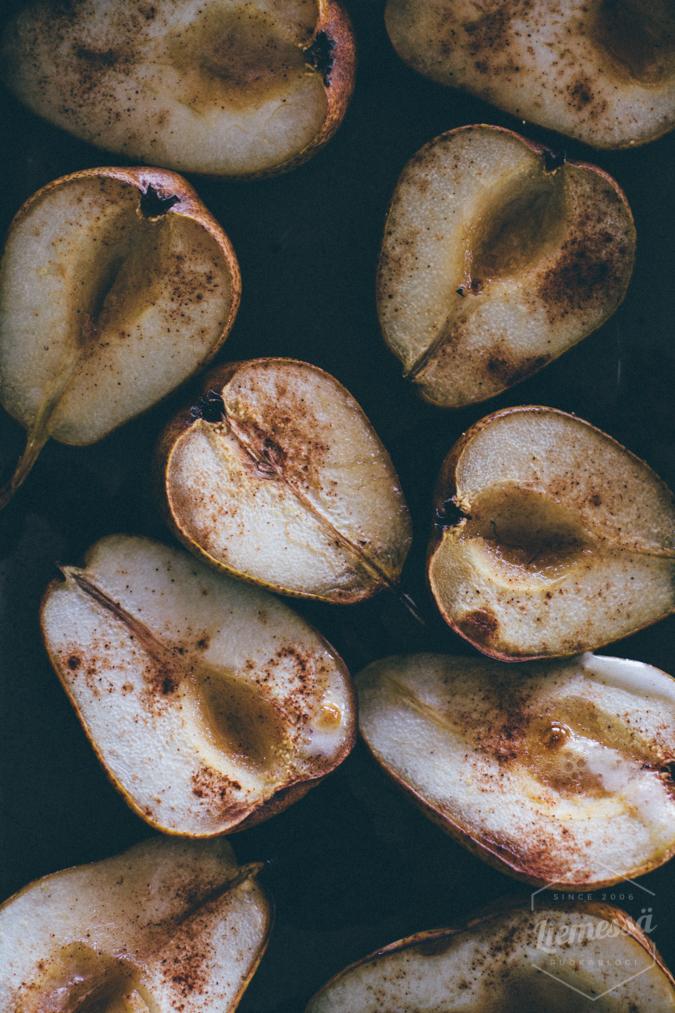 päärynät uunissa