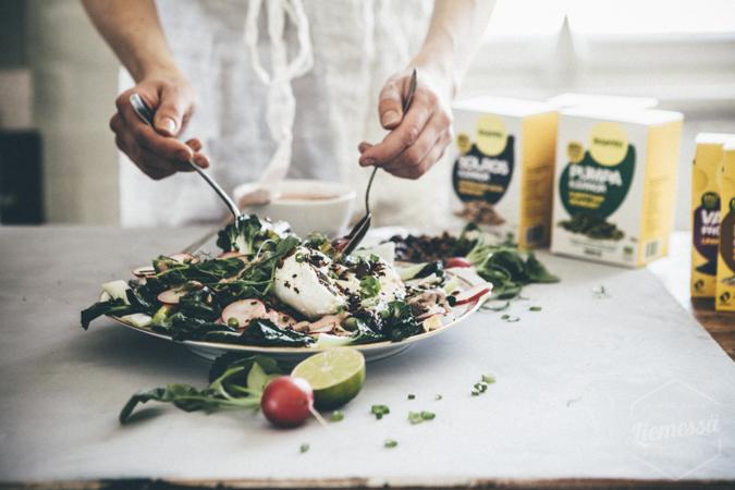 kevät salaatti