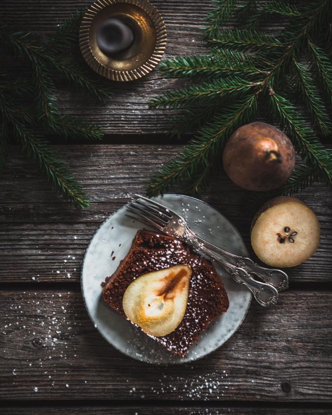 Päärynä-suklaakakku I Suklaakakku I Joulukakku I Joulu I Kakku I Resepti I Ohje I Leivonta I Päärynä I Suklaa I Ruokakuvaus I Valokuvaus