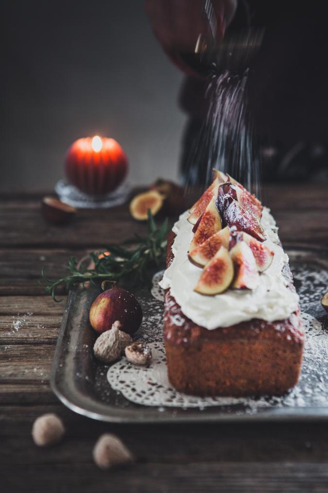 Viikunakakku I Jouluinen kakku I Viikuna I Kuivakakku I Joulukakku I Resepti I Jouluruoka I Ruokakuvaus I Valokuvaus