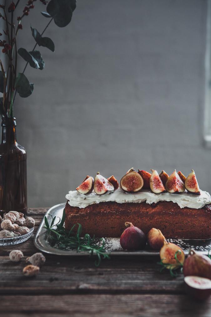 Viikunakakku I Jouluinen kakku I Viikuna I Kuivakakku I Joulukakku I Resepti I Jouluruoka I Joulu I Ruokakuvaus I Valokuvaus