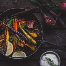 Uunijuures-linssisalaatti I Uunijuurekset I Linssi I Salaatti I Ohje I Resepti I Kasvisruoka I Sesonkiruoka I Kevyt I Kasvisruoka I Seasonal food I Lentil I Roasted vegetables I Salad I Food photography