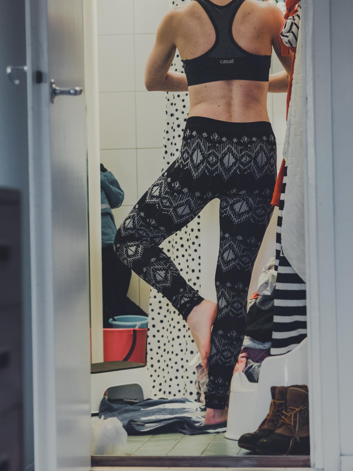 Treenaakotona.com I Kotijumppa I Treeni I Jumppa ohjeet i Liikunta I Hyvinvointi I Jooga I Pilates I Yoga I Wellbeing I Home workout