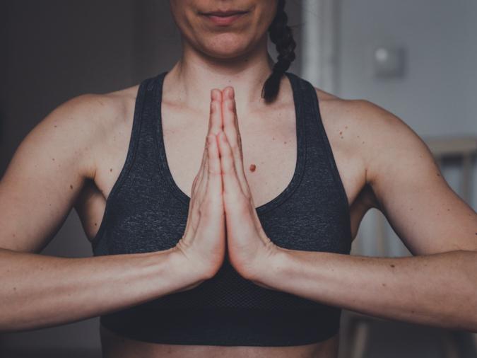 Treenaakotona.com I Yogaia I Kotijumppa I Treeni I Jumppa ohjeet i Liikunta I Hyvinvointi I Jooga I Pilates I Yoga I Wellbeing I Home workout