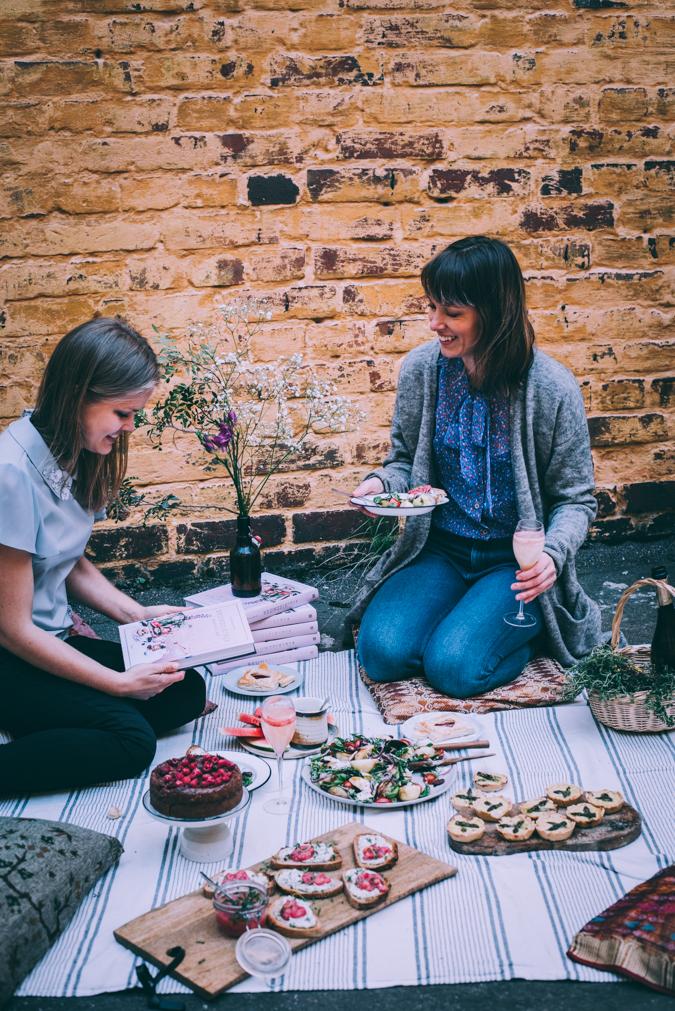 Piknik I Brunssi I Reseptit I Resepti I Ohje I Idea I Ideoita I Kesä I Raparperi I Leipä I Juoma I Äitienpäivä I Leivonta I Ruokakuvaus I Picnic I Brunch I Food photography