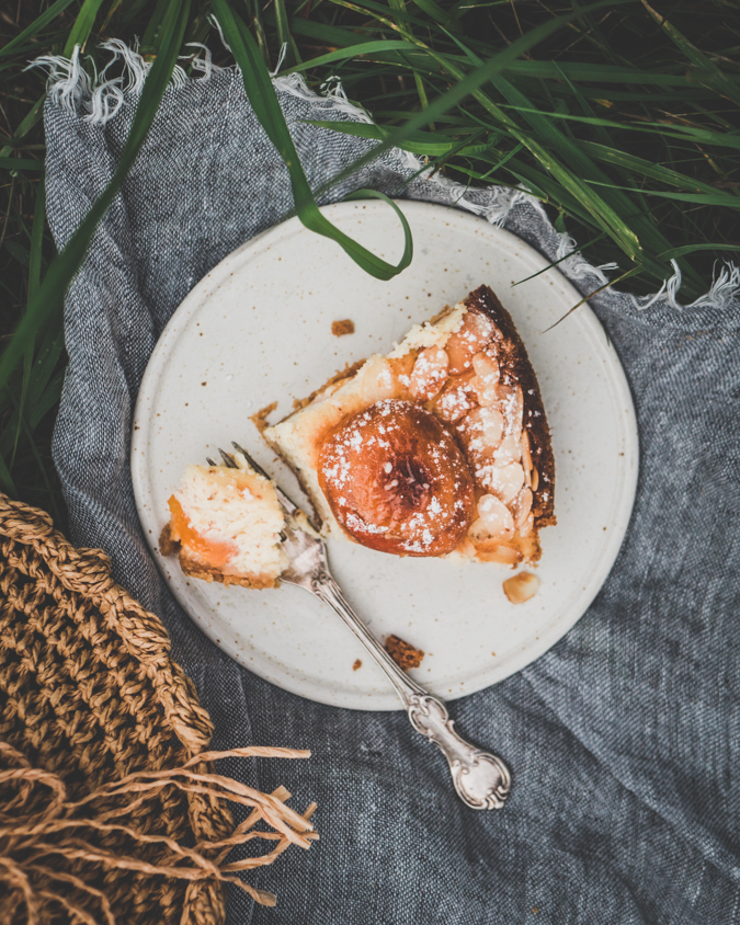 Aprikoosi-juustokakku I Aprikoosi I Juustokakku I Kakku I Leivonta I Sesonki I Kesä I Idea I Resepti I Piknik I Brunssi I Kakut I Kakku I Apricot I Cheesecake I Food photography I Picnic I Brunch