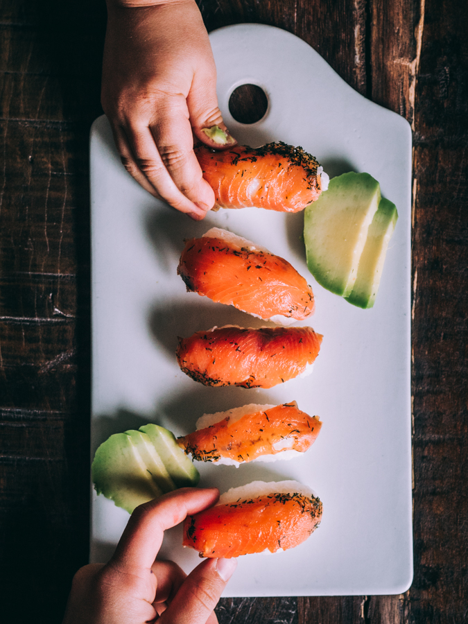 Sushi I Lasten ruoka I Lohikulho I Lohi I Kala I Kulho I Ruoka I Resepti I Kalaruoka I Terveellinen I Avokado I Salmon bowl I Food photography I Food styling I Ruokakuvaus I Valokuvaus