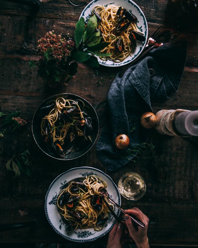 Simpukkapasta / Clam pasta / Simpukka / Pasta / Resepti / Ohje / Riesling / Valkoviini / Viikonloppu / Ruoka / Italialainen / Kalaruoka / Seafood pasta / Food photography / Valokuvaus