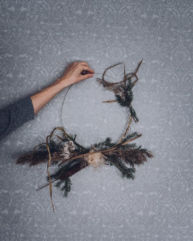 jouluseppele I DIY I joulu I seppele I kranssi I sisustus I joulukoriste I vinkit I simple christmas wreath