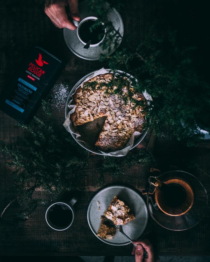 Mantelikakku I Omena I Kakku I Piirakka I Leivonta I Resepti I Ohje I Idea I Kahvipöytä I Tarjoilut I Kahvi I Ruokakuvaus I Syksyinen I Joulu I Apple almond cake I Food photography