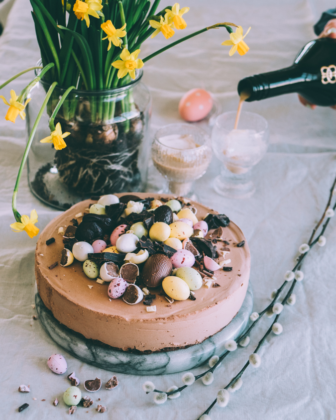 Baileys juustokakku I Pääsiäinen I Pääsiäiskakku I Kakku I Leivonta I Resepti I Ohje I Ruokablogi I Leivontablogi I Kermalikööri I Ruokakuva I Baileys cheesecake I Food photography