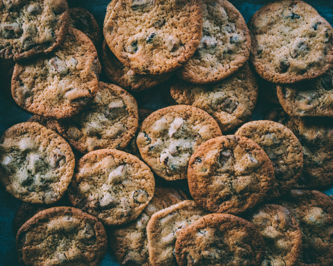 Karpalo suklaa cookies I Suklaakeksit I Leivonta I Herkku I Keksi I Resepti I Ohje I Idea I Helpot I Helppo I Ruokakuvaus I Cranberry chocolate cookies
