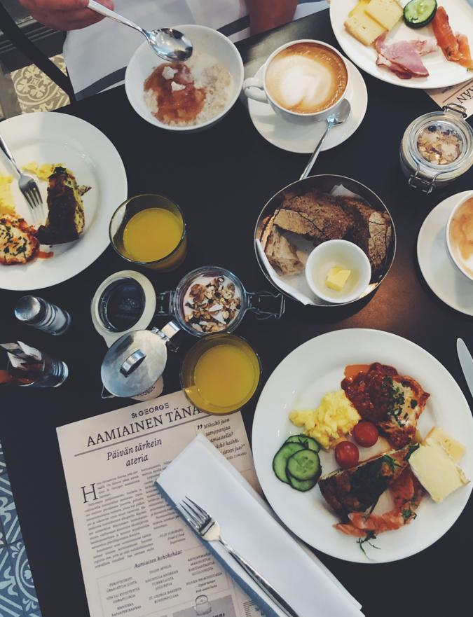 Hotelli aamiainen