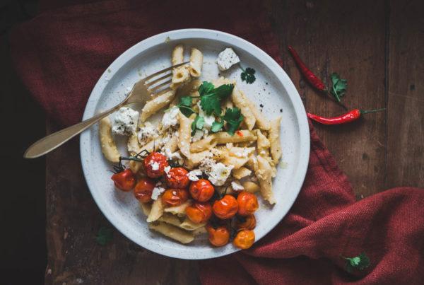 Hummuspasta resepti